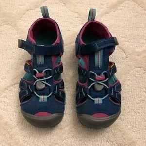 Girls Keen sandals